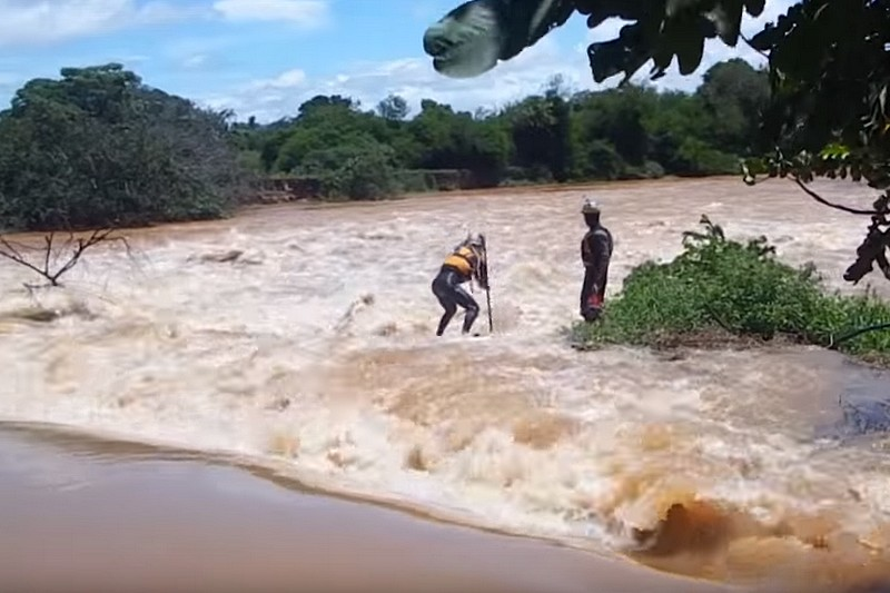 Vidéo : De l'eau-vive au Brésil