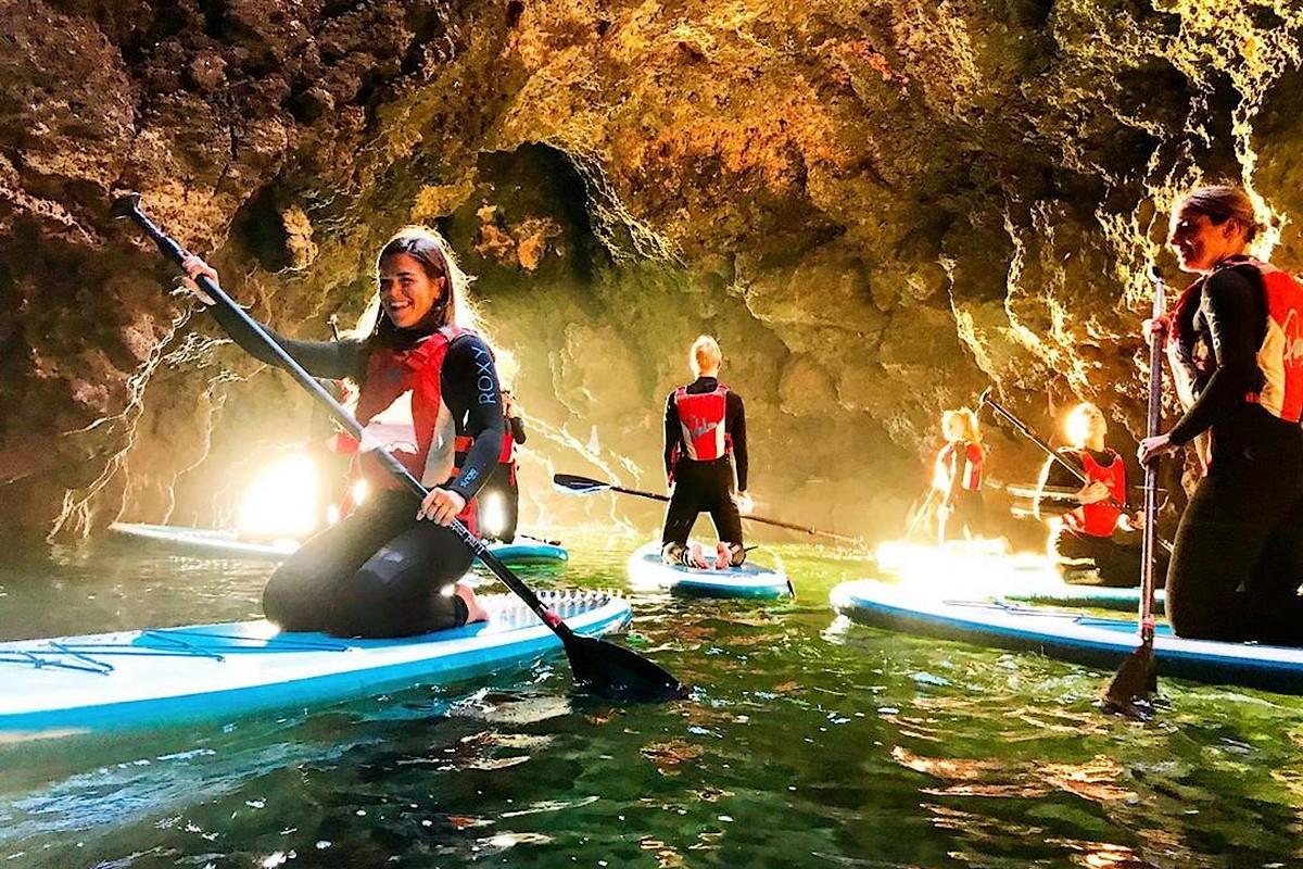 Photo du jour - Du SUP dans des grottes