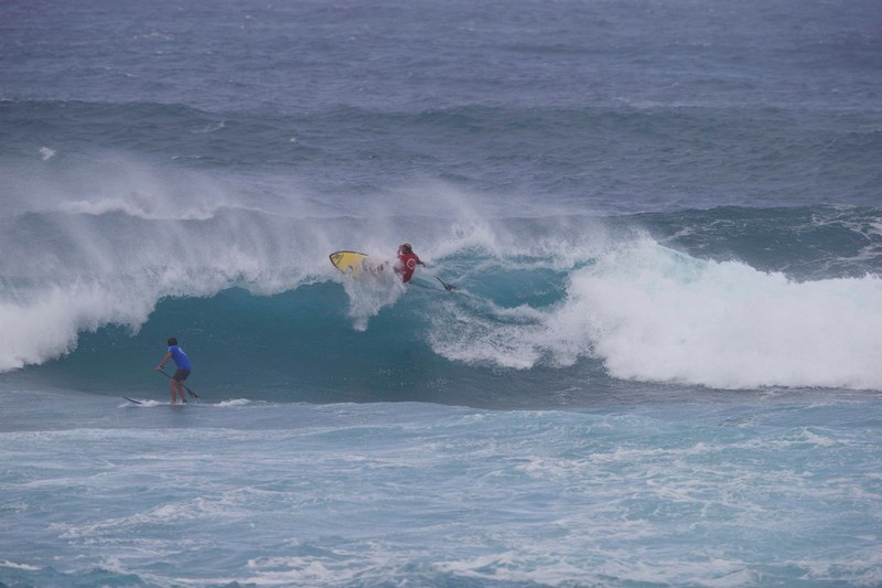 Caio Vaz vainqueur à Sunset Beach