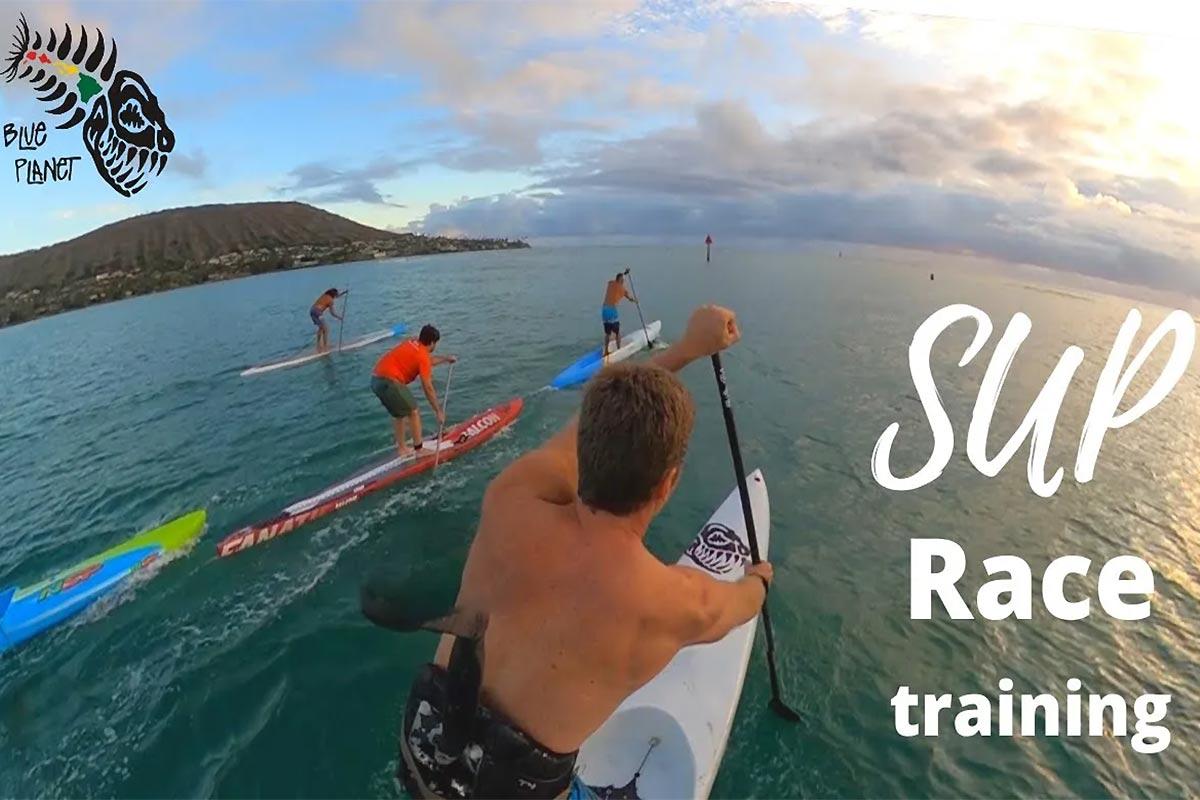 Une session SUP race à Oahu