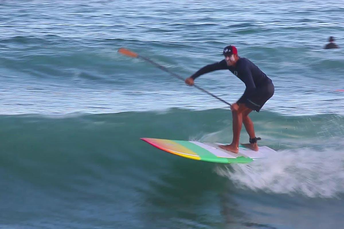 Du SUP longboard au Costa Rica avec Chase Kosterlitz