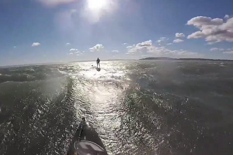 Un downwind épique sur l'étang de Berre