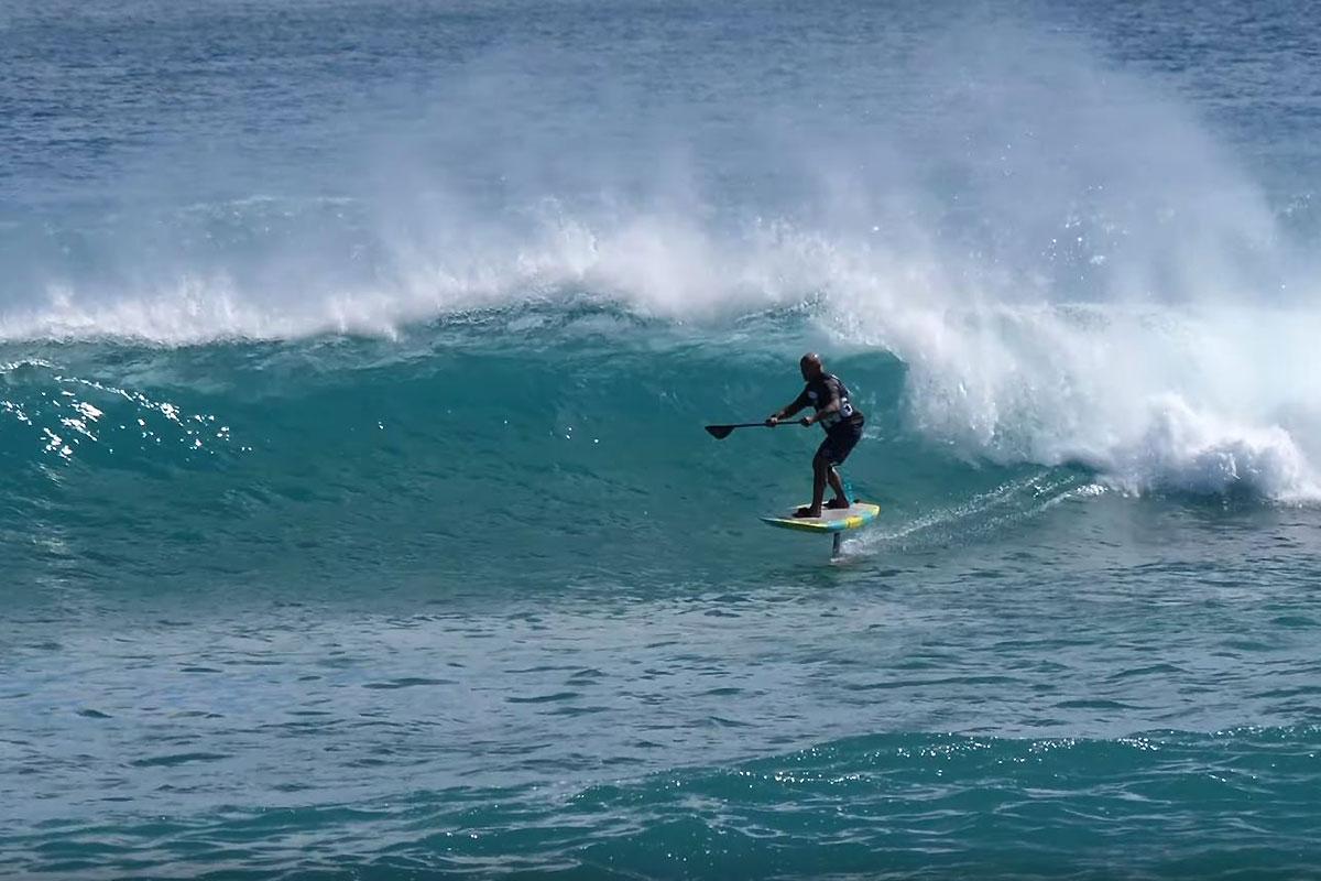 Du SUP foil à Oahu