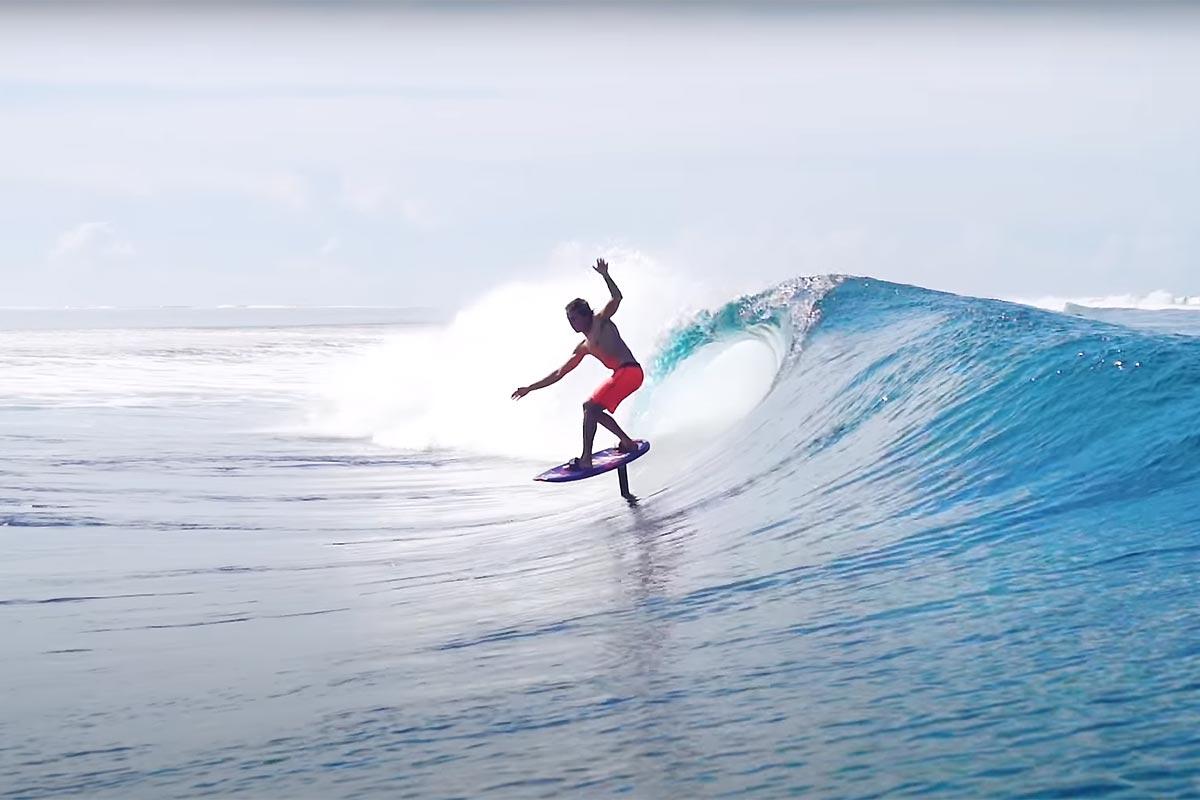 Kai Lenny à Tahiti