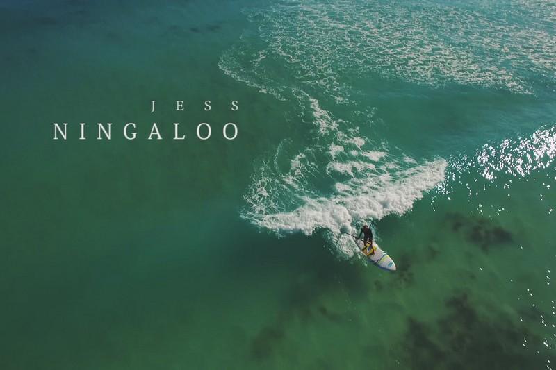 Du SUP surfing à Ningaloo beach