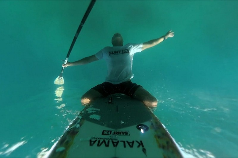 SUP Foiling Byron Bay